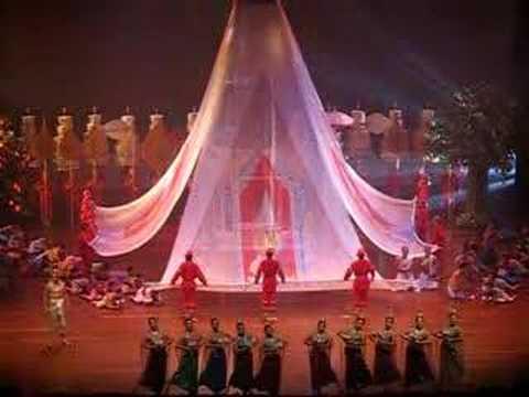 PorPiang Show at THAILAND CULTURAL CENTRE