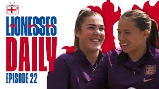 """""""She Knows How to Wind Me Up, and Enjoys It!"""" 