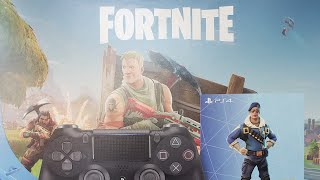 Fortnite - Royal Bomber skin bundle from gamestop