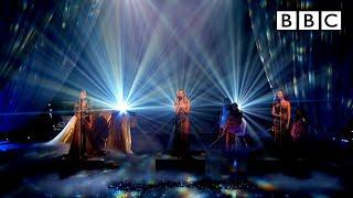 Unreal Little Mix performance! 😲 'Secret Love Song' @Little Mix The Search - BBC