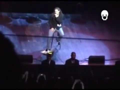 Dream Theater - Scenes from São Paulo (11/12/2005)