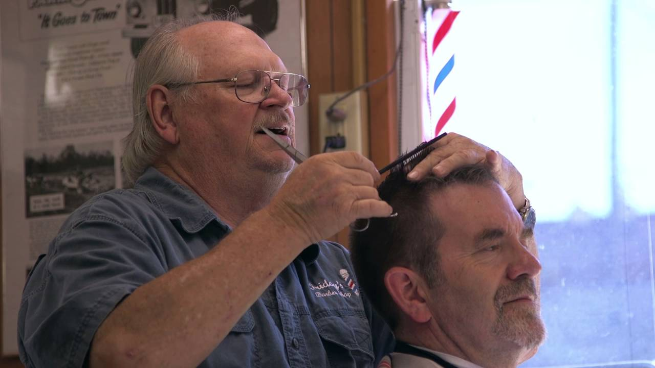 A Friday At Fridays Barber Shop In Iowa City Youtube