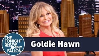 Goldie Hawn's Cancan Dancing on a World's Fair Bar Got Her Discovered