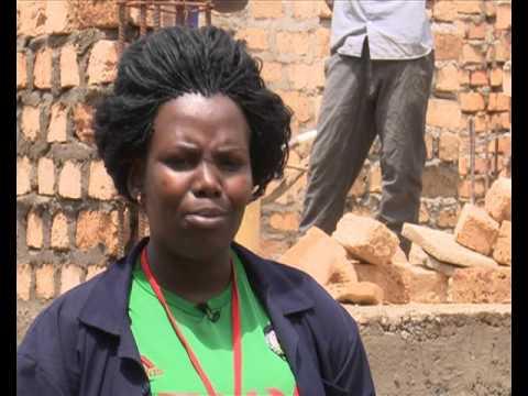 Tetenkanya Obulamu: Omukazi, Kabatooro, eyeefunyiridde ku gw'okuzimba