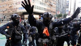 VOA连线(汤惠芸):香港元朗西铁站无差别攻击3个月 市民蒙面静坐抗议