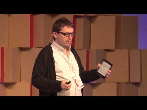 Internet, viajes y volver al futuro | Santiago Torre Walsh | TEDxUTN