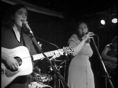 The Be Good Tanyas - The Littlest Birds (Live at The Railway Club)