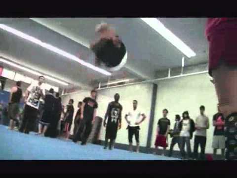 Melhor pulador de saltos mortais do mundo.