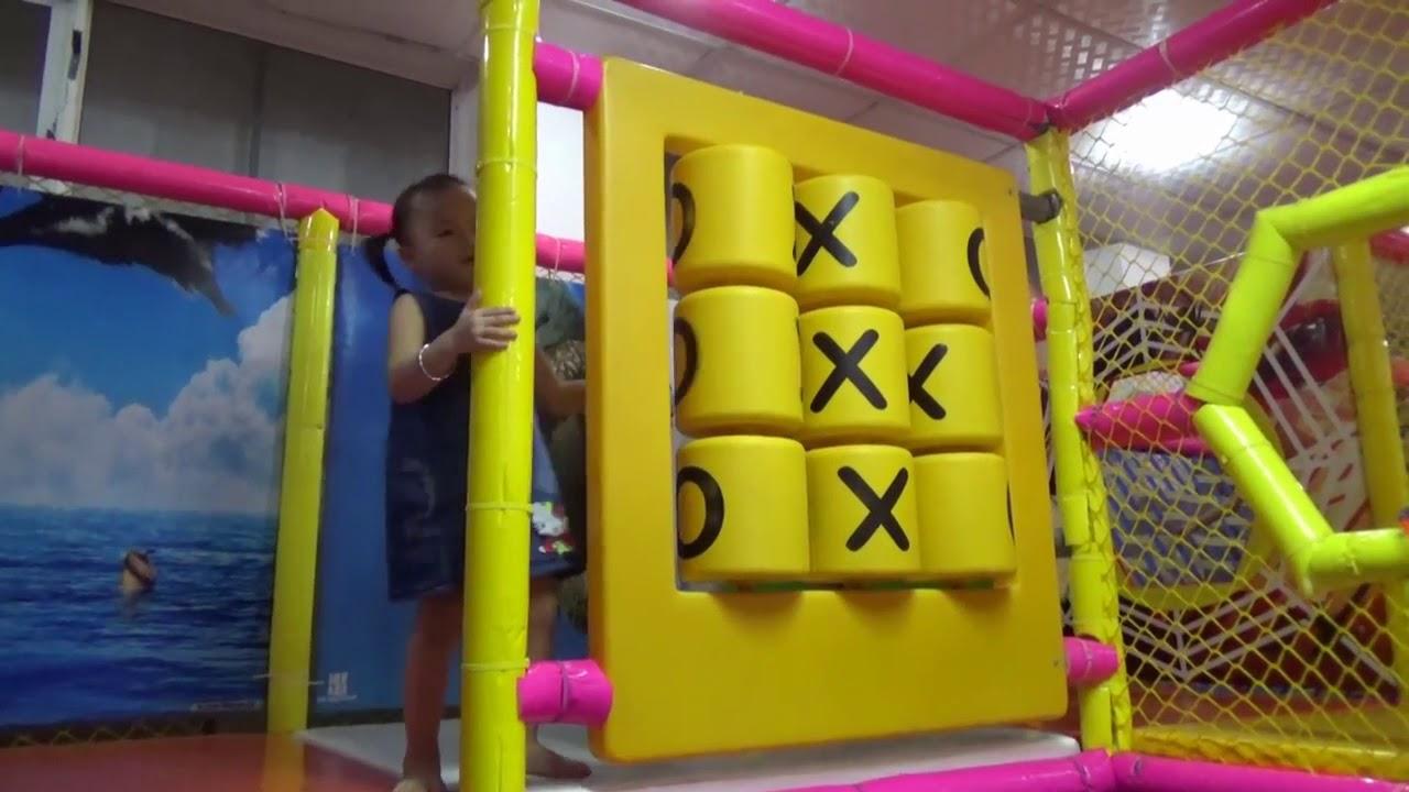 Childrens Play Kitchen Affordable Kitchens 家庭有趣的室内游乐区与儿童活动和厨房玩具烹饪与婴儿贝贝 Youtube