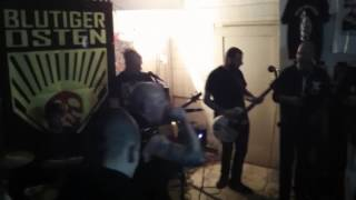High Society (Punkrock Dresden) Young angry punks live @ Hof 2016