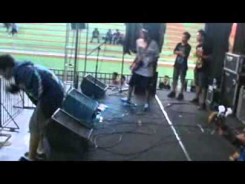 KAMI MASIH ADA   Jakwir mangan jakwir live @Power of Rock Slawi