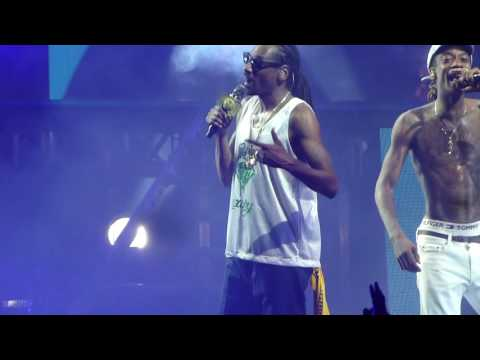 Wiz Khalifa & Snoop Dogg - You and Your Friends, Live