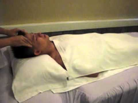 Y Hoc Co Truyen Hong Ha - Massage Day An Huyet - Phan Dau.flv