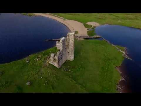 Ardvrek Castle on Loch Assynt - 4K