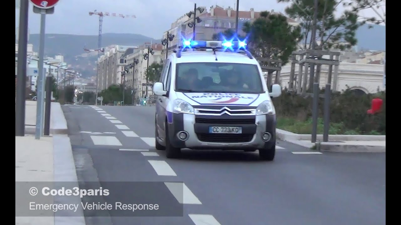 voiture de police marseille french police car responding youtube. Black Bedroom Furniture Sets. Home Design Ideas