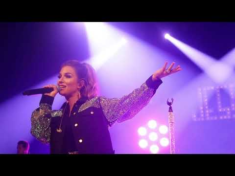 """Jessie James Decker -- """"I Need A Man"""" (New Song May 2019)"""