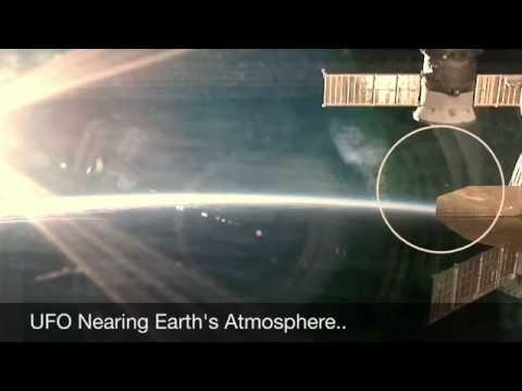 UFO - NASA Forgets To Cut Live Feed