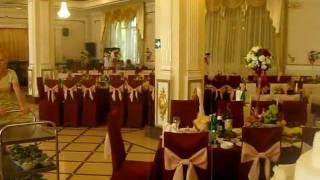 Подготовка армянской VIP - свадьбы в банкетном зале