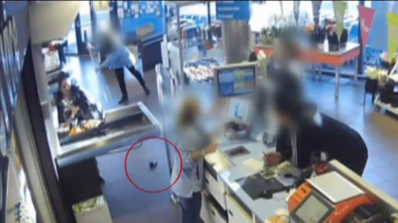 a22433da0f3 Team West - Verloren portemonnee gestolen door volgende klant bij Albert  Heijn in Den Haag