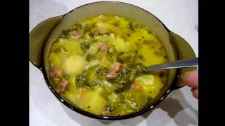 ЩАВЕЛЕВЫЙ СУП - легкий и вкусный!!! Суп из щавеля с яйцом и сыром. Видео Рецепт для мультиварки