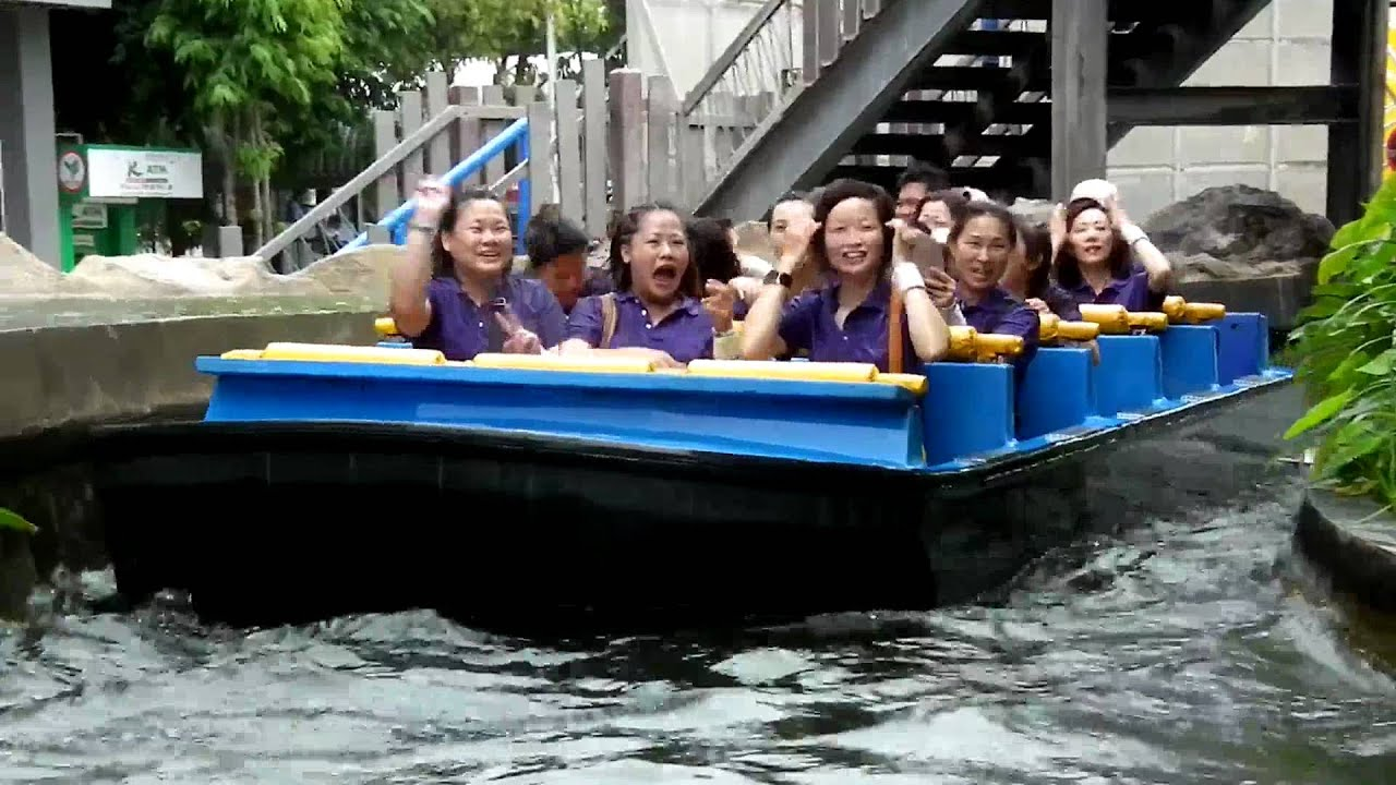 Super splash ride dreamworld bangkok thailand youtube for Splash pool show gold coast