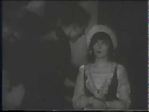 Colleen Moore-Lilac Time (1928)-A New Arrival