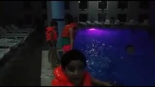 Havuz keyfi(2)