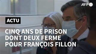 François Fillon, Condamné à Deux Ans De Prison Ferme, Quitte Le Tribunal De Paris | Afp Images