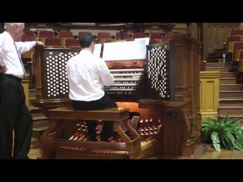 Easter Hymn:Jesus Christ Is Risen Today