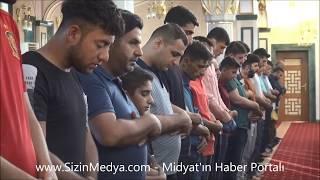 Midyat'ta Bayram Namazı Coşkusu