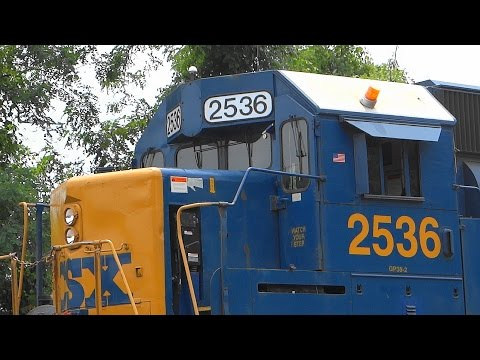 Ex- Seaboard EMD GP38-2 Pulls CSX Inspection Train