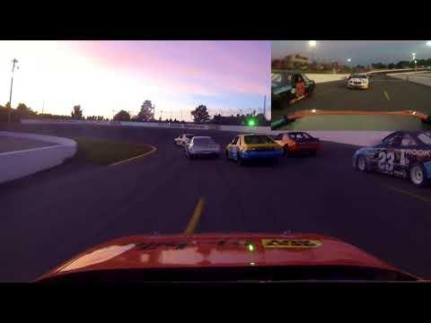 Sunset Speedway mini-stock feature race September 8, 2018