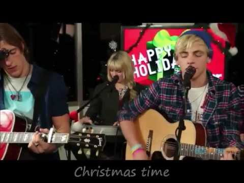 Download R5 - Christmas is Coming (Acoustic) with Lyrics