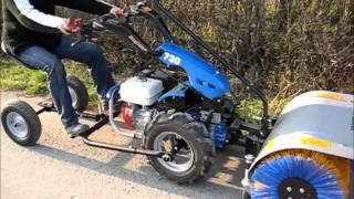 Wózek dla operatora do ciągników jednoosiowych włoskiej marki BCS