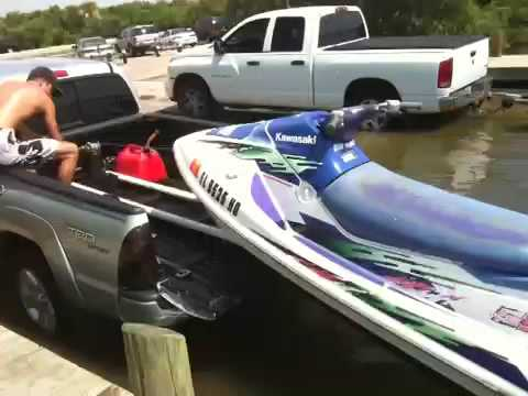 Launching Jetski From Truck Bed Youtube