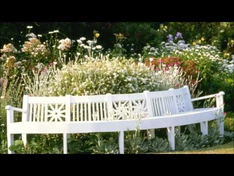 English Country Garden - SlideShow With Relaxing Classical Music
