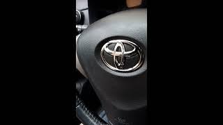 видео Замена подушек безопасности автомобилей Toyota Hilux