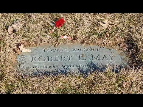 Robert L May Grave - Creator of Rudolph The Red Nosed Reindeer - River Grove, Illinois