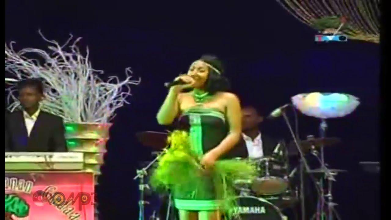 Download Hawi Tezera - LIVE Show (Oromo Music)