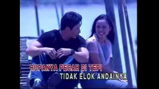 Download Mp3 Elly Mazlein - Usah Di Tambah Bara Yg Tersimpan  With Lyrics