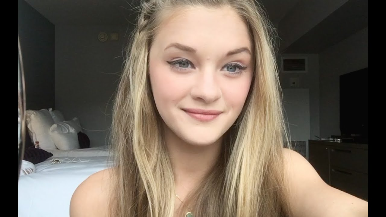 Pussy Tits Lizzy Greene  nudes (58 images), Facebook, see through