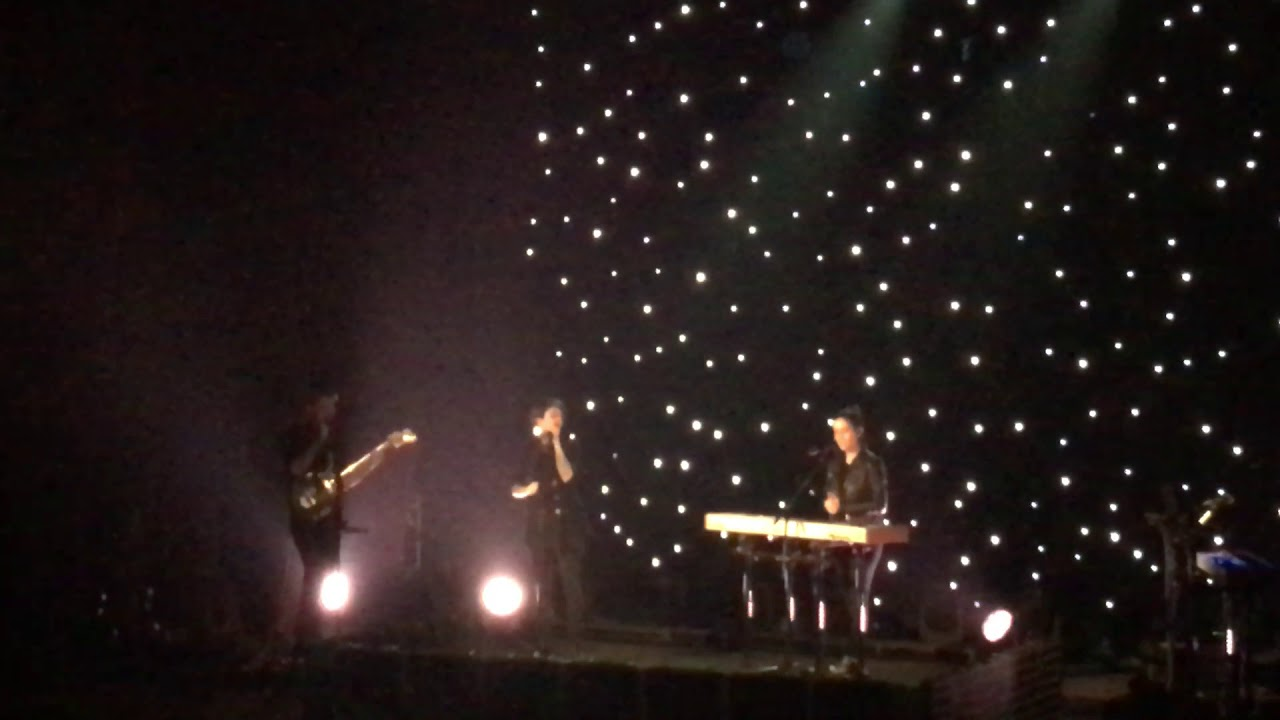 Tegan And Sara   Living Room   The ConX Tour   Detroit Masonic Temple  11/5/2017 Part 62