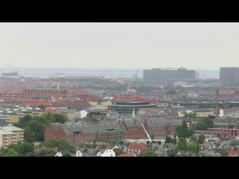 skyline over københavn og frederiksberg med rigshospitalet - panum tårnet - svanemølleværket