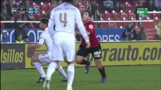 Sombrero de Tomer Hemed a Xabi Alonso (Real Mallorca vs Real Madrid)