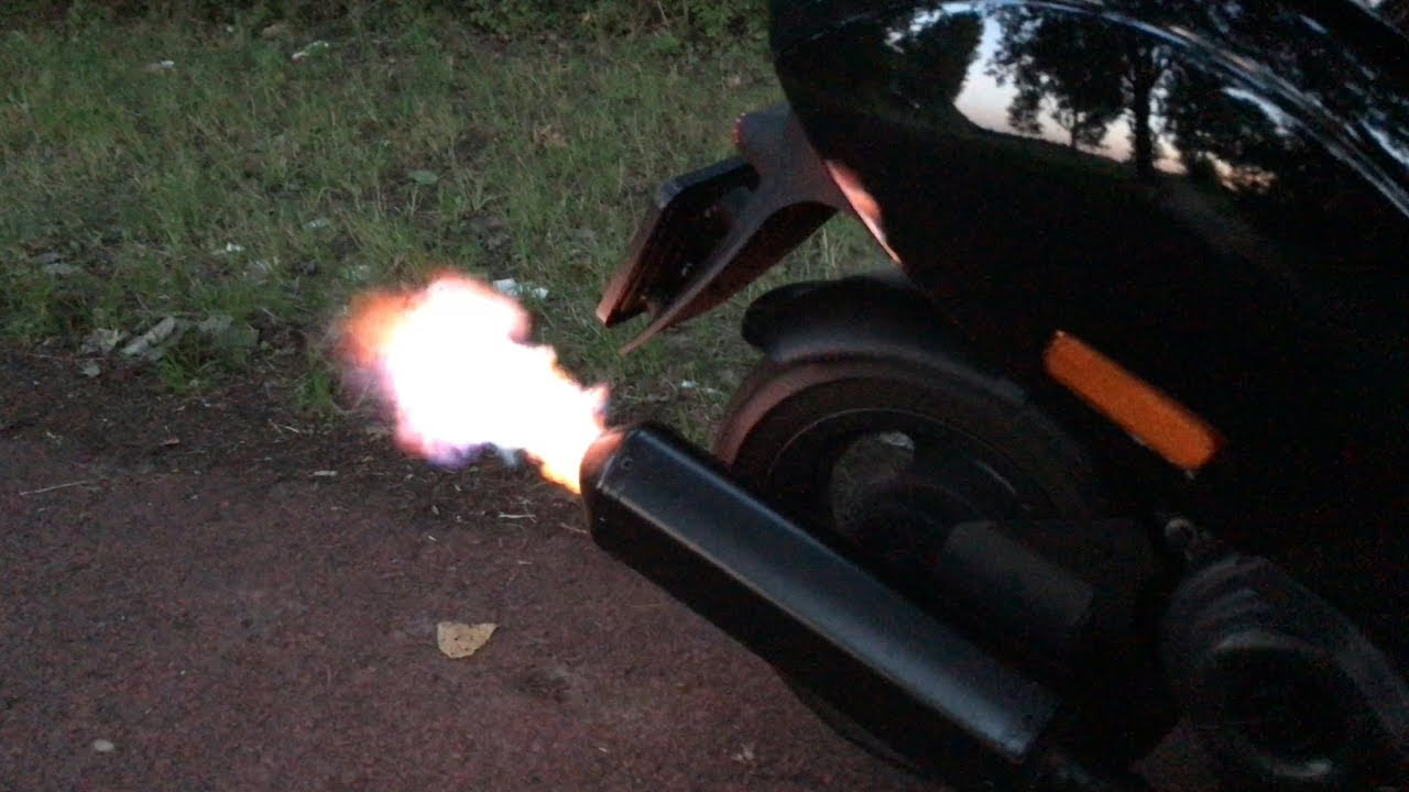 Verbazingwekkend 80cc Piaggio Zip With Akrapovic Exhaust - YouTube IA-92