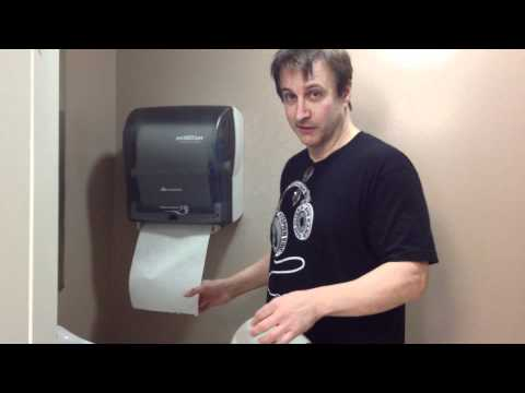 BRONSON PINCHOT s You How Towel Machines Are Like A Relationship