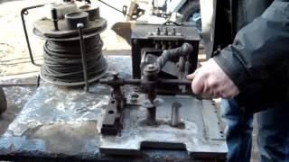 Простая самодельная контактная сварка/Einfachen Punkt Schweissen / simple homemade contact welding(обзор простой самодельной контактной сварки Мой канал: https://www.youtube.com/channel/UCpt4EHBhBdVVWNrmfLK_gJA/videos Клещи к сварке..., 2015-02-01T19:50:39.000Z)