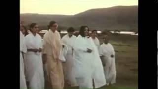 Snatam Kaur & Manish Vyas - Anandamayi Ma