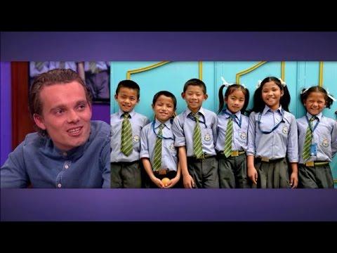 24-jarige Nederlander vadert voor 11 weeskinderen in Nepal  - RTL LATE NIGHT