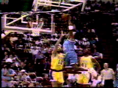 NBA Inside Stuff: Jam Session 95 (Larry Johnson & Kendall Gill dunk on the Lakers)
